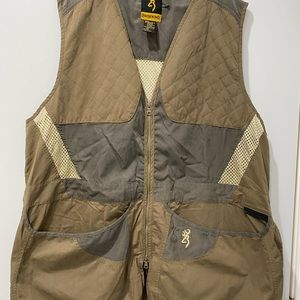 Browning ambidextrous shooting vest